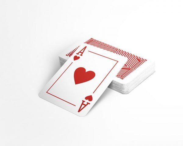 Карти за игра на покер от 100% Plastic, водоустойчиви, тесте Рубин, червен гръб